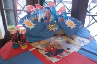 Gadget e regalini per la festa dei bambini a tema Spiderman