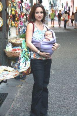 Fascia porta bebè: come si usa e vantaggi