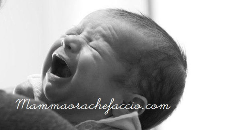 Gestire il pianto del neonato: i rischi dell'ignorare o scuotere il bambino